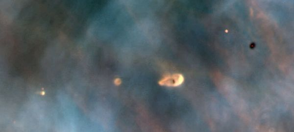 Protoplanetary disks in Orion.jpg