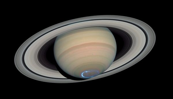 Saturn Gas Planet - Pics about space