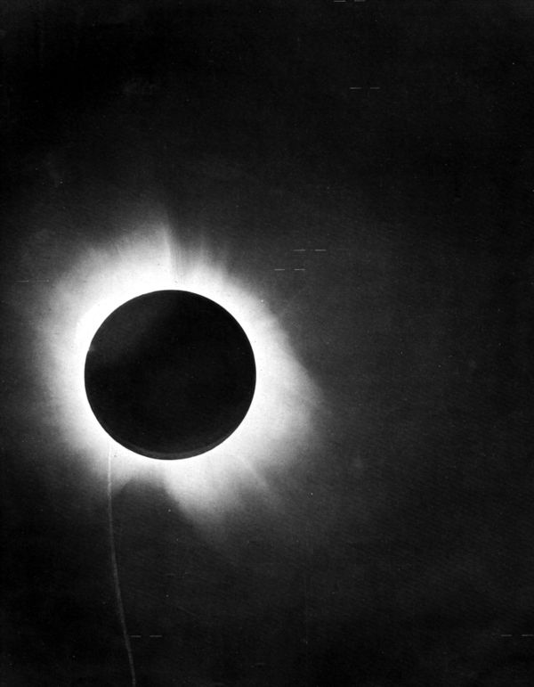 Eclipse 1919 positive.jpg